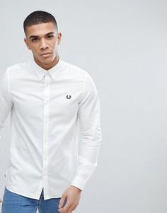 Белая рубашка с отделкой лентой Fred Perry - Белый