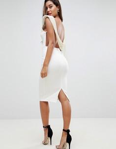 Платье миди с глубоким вырезом и искусственным жемчугом на спине ASOS - Кремовый