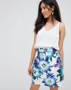Платье мини 2 в 1 с цветочным принтом на юбке AX Paris - Кремовый
