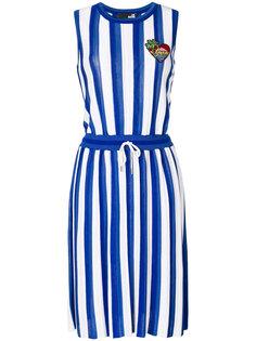 расклешенное платье в полоску  Love Moschino