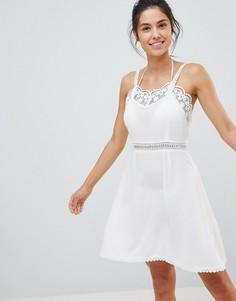 Пляжное платье с ажурной отделкой Glamorous - Белый