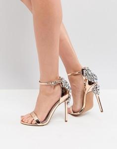 Босоножки на каблуке с отделкой ASOS HIGH ROLLER - Золотой