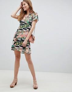 Чайное платье мини с принтом на пуговицах ASOS - Мульти