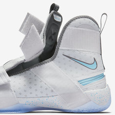 Мужские баскетбольные кроссовки Nike LeBron Soldier 10 FlyEase