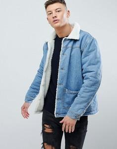 Джинсовая куртка на подкладке из искусственного меха boohooMAN - Синий