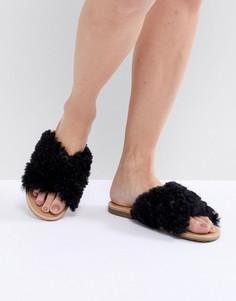 Черные сандалии UGG Joni - Черный