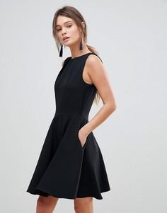 Короткое приталенное платье без рукавов Closet London - Черный
