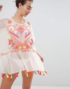 Свободное пляжное платье с вышивкой и отделкой кисточками River Island - Белый