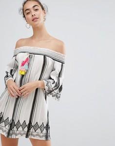 Пляжное платье со спущенными плечами River Island - Белый