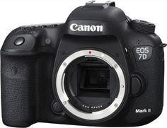 Зеркальный фотоаппарат CANON EOS 7D Mark II Body+W-E1 body, черный