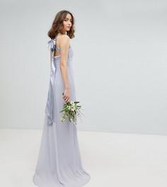 Платье макси с плиссировкой и бантом на спине TFNC Tall - Серый