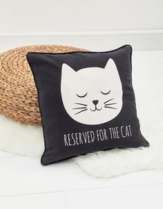Чехол на подушку с принтом кота и надписью Reserved For The Cat Sass & Belle - Мульти