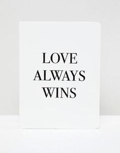 Блокнот с надписью Love Always Wins Monki - Белый