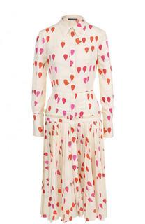 Шелковое платье-рубашка с принтом и плиссированной юбкой Alexander McQueen