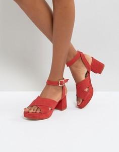 Замшевые босоножки на среднем каблуке Depp - Красный