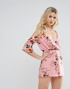 Ромпер с вырезами на плечах и цветочным принтом Parisian - Розовый