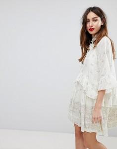 Платье мини в полоску с принтом Stevie May - Кремовый