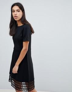 Платье со вставкой кроше Y.A.S - Черный