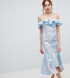 Кружевное асимметричное платье миди с открытыми плечами Jarlo Tall - Синий