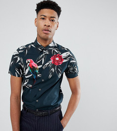 Приталенная рубашка с короткими рукавами и тропическим принтом Ted Baker TALL - Темно-синий