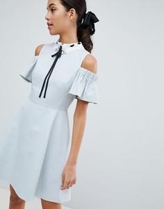 Короткое приталенное платье с декорированным воротником Ted Baker Araye - Синий