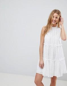 Платье без рукавов с вышивкой ришелье ASOS ULTIMATE - Белый