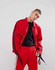 Джинсовая куртка с сетчатыми вставками и отделкой лентой Granted - Красный