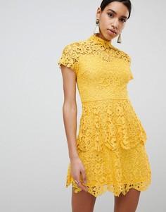 Кружевное платье мини с высокой горловиной Missguided - Желтый