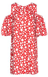 Красное платье с открытыми плечами La Reine Blanche