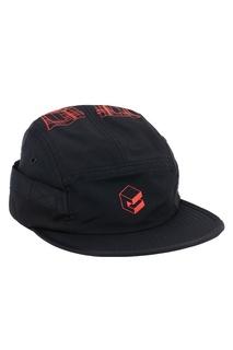 Черная кепка с контурным принтом C2 H4