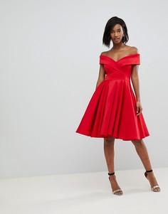 Короткое приталенное платье с открытыми плечами Club L Modern Cinderella - Красный
