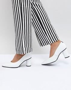Кожаные туфли-лодочки с закругленным носком Selected - Белый