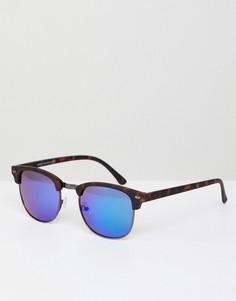 Квадратные солнцезащитные очки в темно-синей оправе New Look - Синий