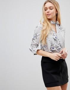 Блузка с завязкой на шее и оборками на рукавах Girls on Film - Мульти