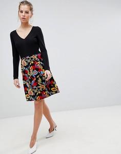 Приталенное платье 2-в-1 с длинными рукавами и принтом Traffic People - Черный