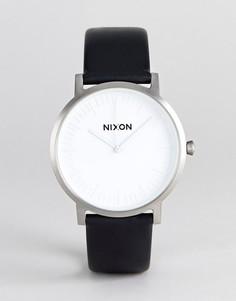 Часы с черным кожаным ремешком Nixon A1058 Porter - Черный