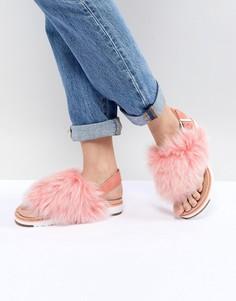 Розовые пушистые сандалии с пряжкой UGG Holly - Розовый