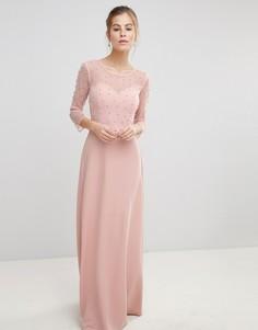 Платье макси с сетчатым верхним слоем на топе и искусственным жемчугом Little Mistress - Розовый
