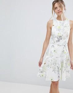 Короткое приталенное платье с цветочным принтом Coast Mezel - Белый