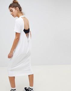 Платье-футболка миди со свободным вырезом на спине ASOS DESIGN - Мульти