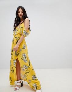 Платье макси с цветочным принтом и открытыми плечами River Island - Желтый