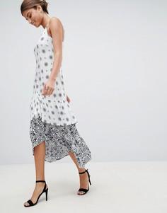 Платье макси с принтом и оборкой AX Paris - Белый