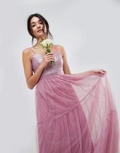 Платье макси с пайетками на топе и ярусной юбкой из тюля Little Mistress Bridesmaid - Розовый