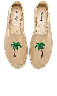 Модные слипперы palm tree - Soludos