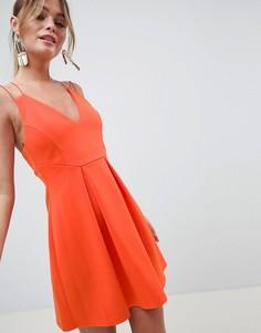 Короткое приталенное платье на бретельках ASOS DESIGN - Красный
