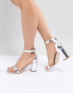 Босоножки на блочном каблуке с ремешком вокруг щиколотки Boohoo - Серебряный
