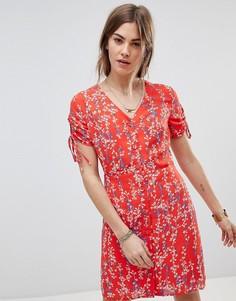 Платье с мелким цветочным принтом и запахом Moon River - Красный
