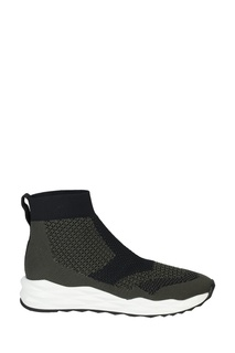 Черно-зеленые кроссовки Space Ash