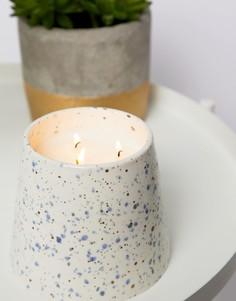 Большая свеча с ароматом морской соли и лилий Paddywax Confetti - 14 унций - Мульти