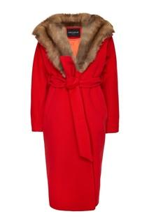 Красное пальто из кашемира с мехом куницы Dreamfur